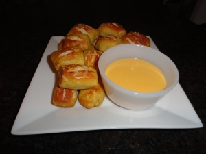Pretzel Bites with Creamy Cheese Sauce