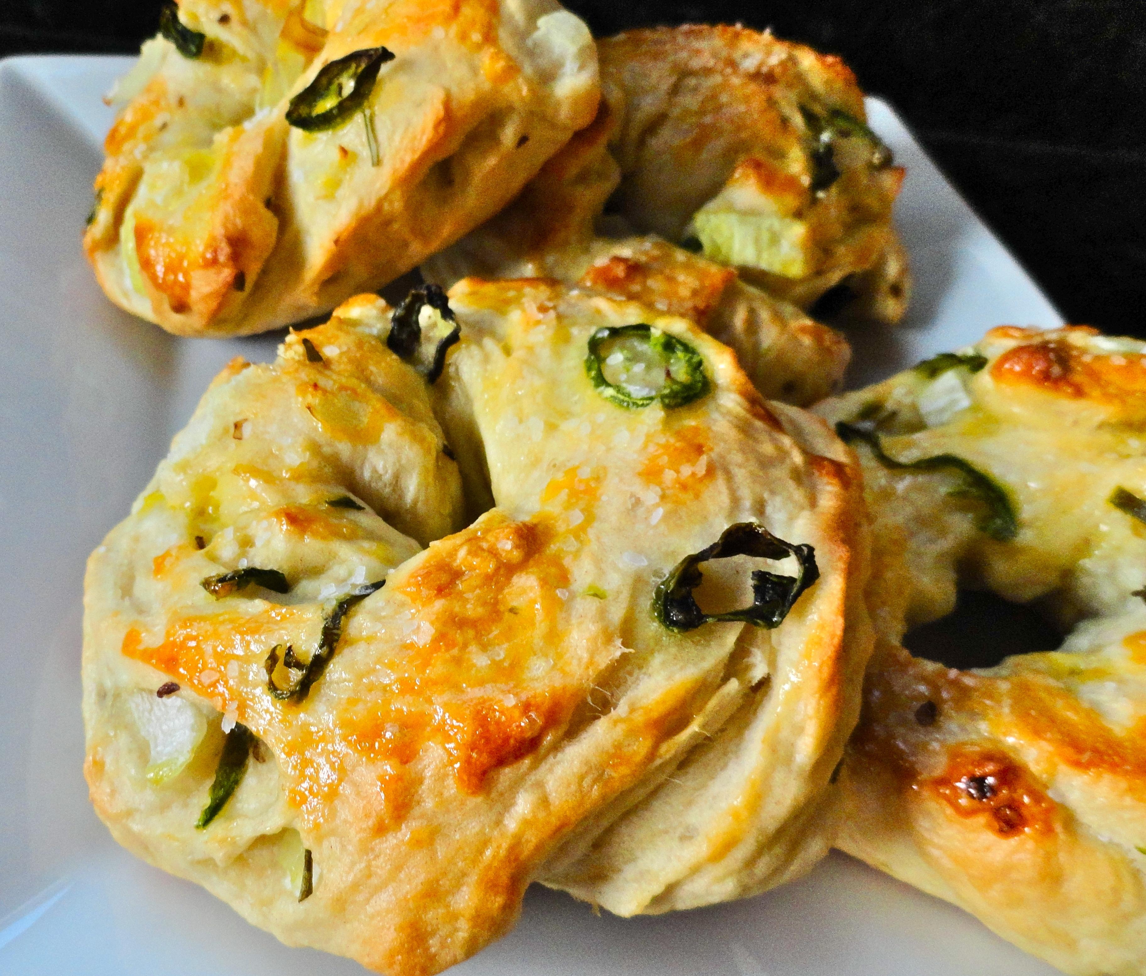 Jalapeno and Onion Bagels | becoming pigzilla