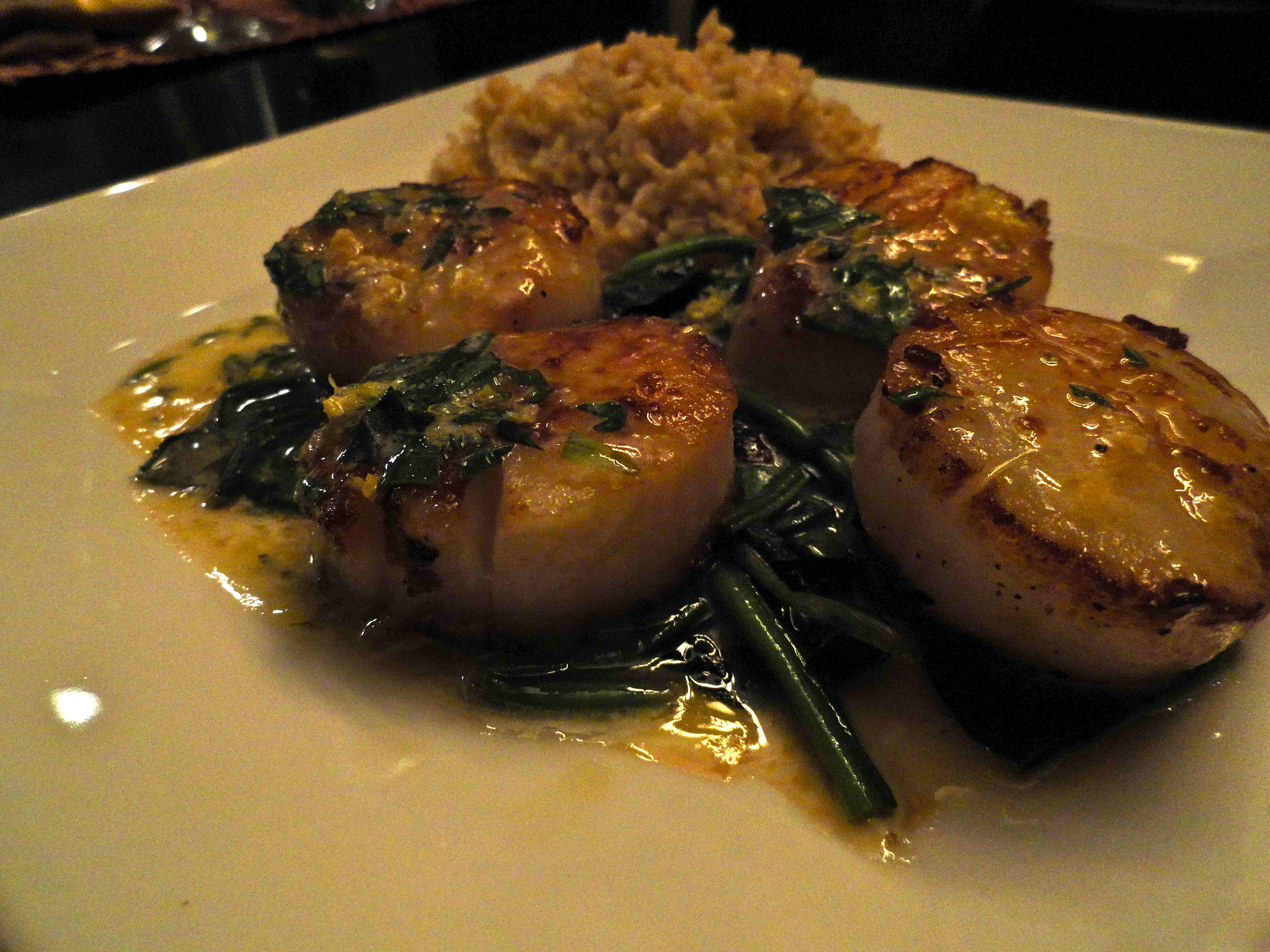 Scallops with Tarragon Butter Sauce | becoming pigzilla