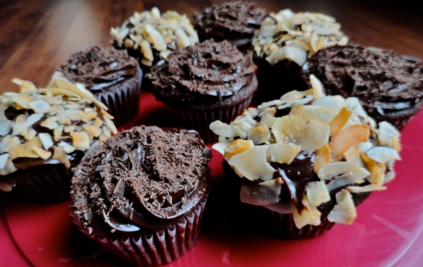 Chocolate Cupcakes with Caramel Ganache