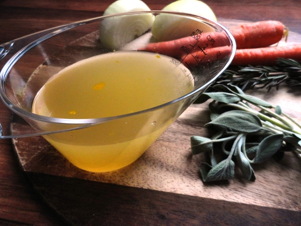 Homemade Chicken Stock